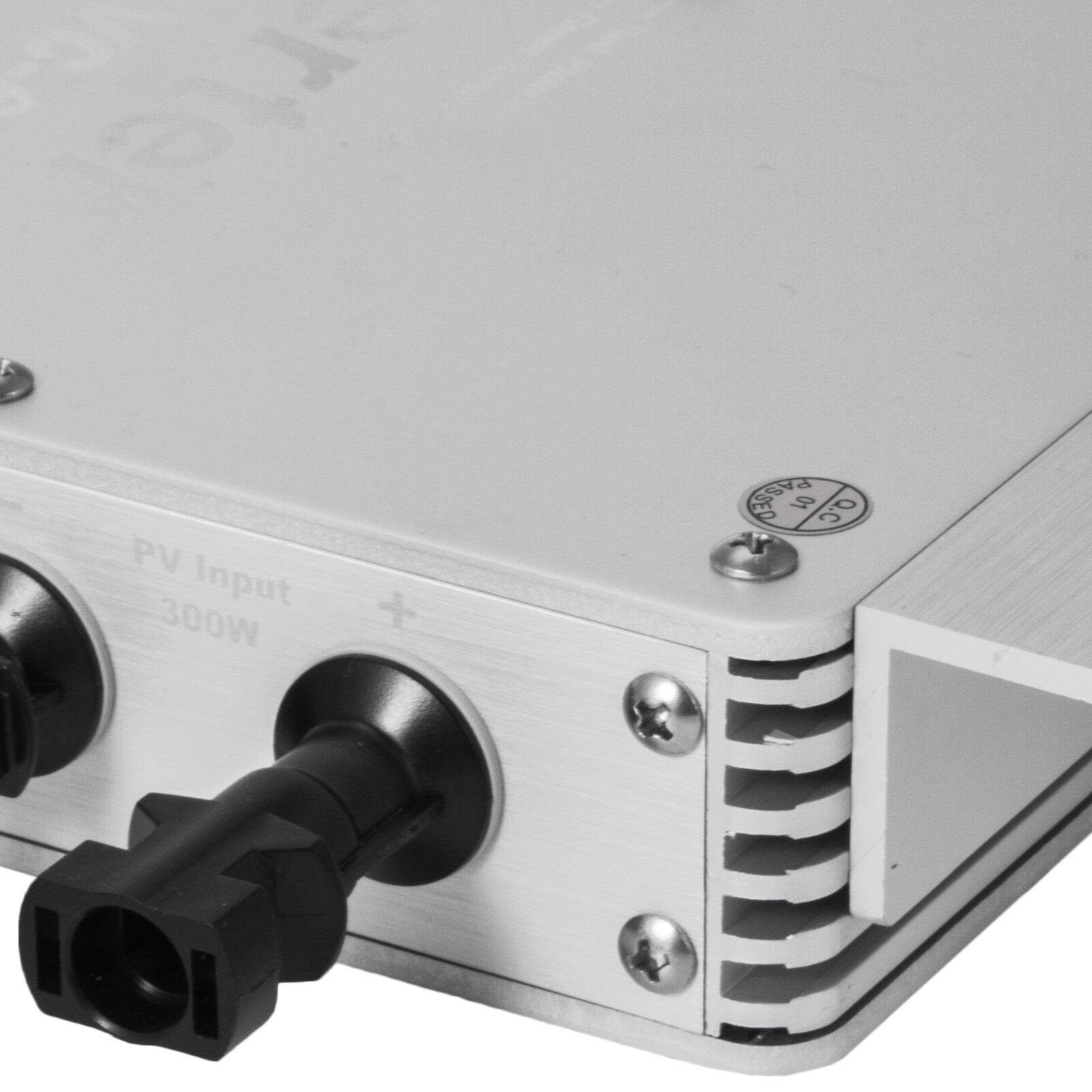 WVC-300W-600W-1200W-110V-220V-MPPT-Solar-Grid-Tie-Micro-Inverter-Waterproof-IP65 thumbnail 35